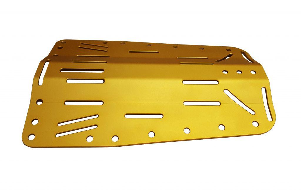 Barwienie aluminium na złoty